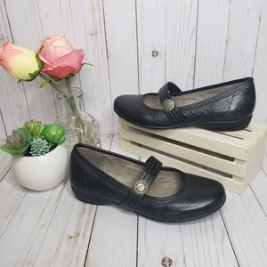 Naturalizer Black Leather Mary Janes